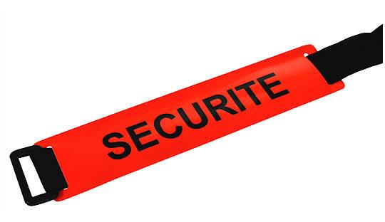 Brassard SECURITE fond rouge orangé texte noir